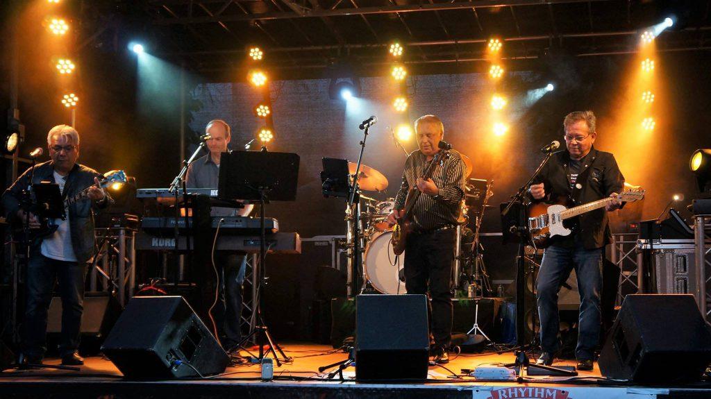 Rhythm Rabbits ( Let op: Extra Muziekcafé ) @ Muziekcafe de Tibbe | Sappemeer | Groningen | Nederland